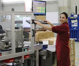 Bếp từ Tomate đến từ Tây Ban Nha, Sản xuất trên dây chuyền công nghệ hiện đại tại Tây Ban Nha